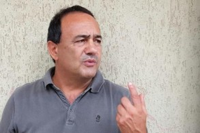 دومينيكو لوكانو، مختار قرية رياس