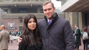 الاكاديمي هيدجز وزوجته دانييلا