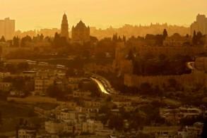 إسرائيل تعتقل محافظ القدس