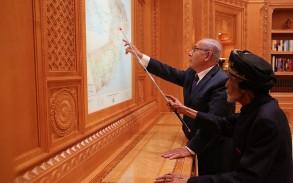 السلطان قابوس ونتانياهو في مسقط