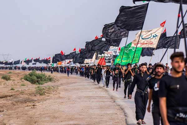 عراقيون يتوجهون الى كربلاء للمشاركة في اربعينية الامام الحسين