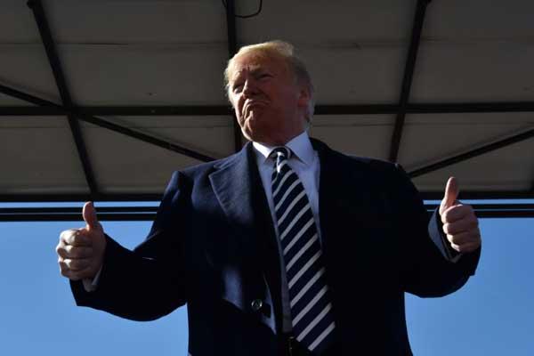 الرئيس الأميركي في إلكو (نيفادا - الولايات المتحدة) في 20 أكتوبر 2018