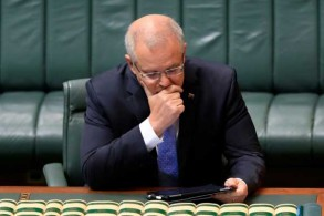 رئيس الوزراء الأسترالي سكوت موريسون يلقي كلمة أمام البرلمان في كانبيرا بتاريخ 22 أكتوبر 2018