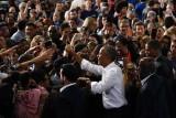 أوباما: أنا صاحب المعجزات الاقتصادية.. لا ترمب