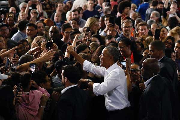 أوباما خلال تجمع انتخابي في لاس فيغاس