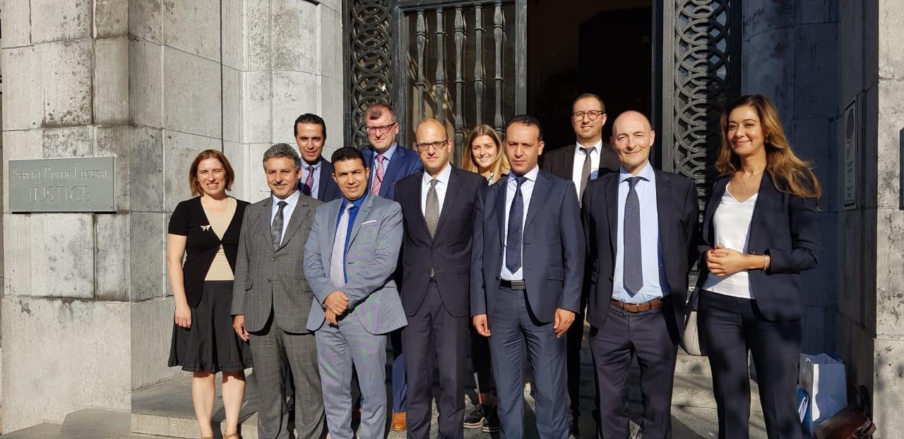 الوفد المغربي خلال زيارة مكتب التحليل الإحصائي الخاص بالعقوبات البلجيكي
