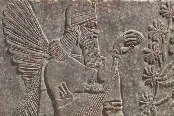 يبلغ عمر التحفة الآشورية الأثرية 3000 سنة
