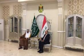 وزير النفط العراقي ثامر الغضبان مستقبلًا وزير الطاقة والصناعة والثروة المعدنية السعودي خالد الفالح لدى وصوله إلى بغداد