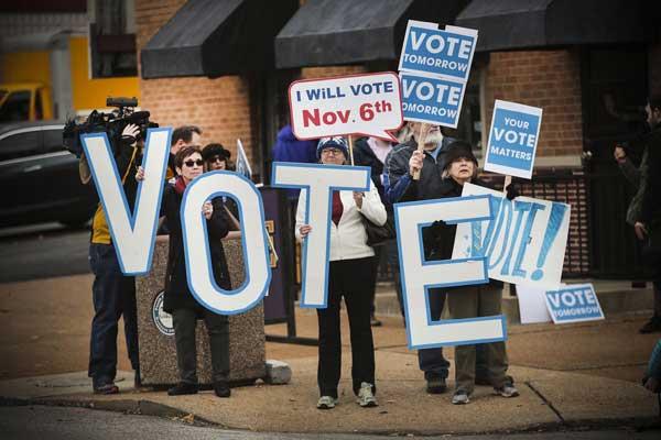 أعطت الانتخابات النصفية أملًا كبيرًا للديمقراطيين في استعادة السيطرة على البيت الأبيض
