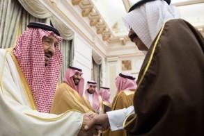الملك سلمان يستقبل أهالي منطقة حائل