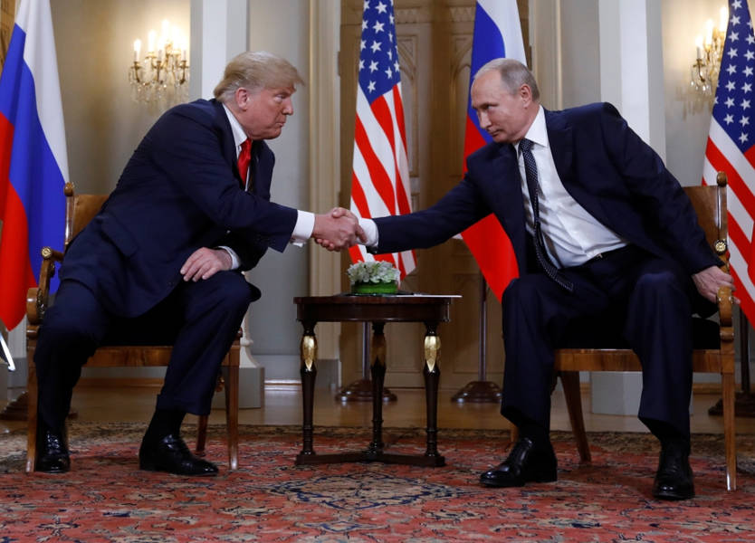 جانب من قمة هلسنكي بين بوتين وترمب