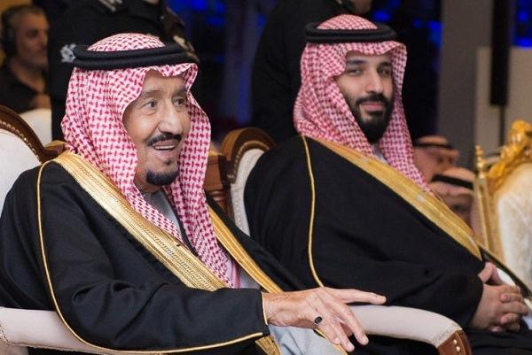 العاهل السعودي الملك سلمان بن عبدالعزيز وولي العهد الأمير محمد بن سلمان