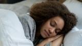 هل الاستيقاظ مبكرا يقلل من مخاطر الإصابة بسرطان الثدي؟
