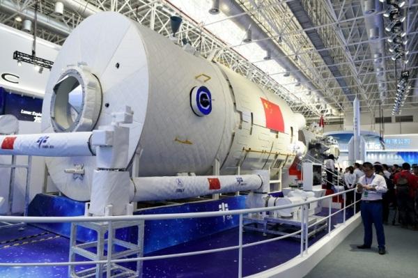 تستثمر الصين مليارات الدولارات في برنامجها الفضائي