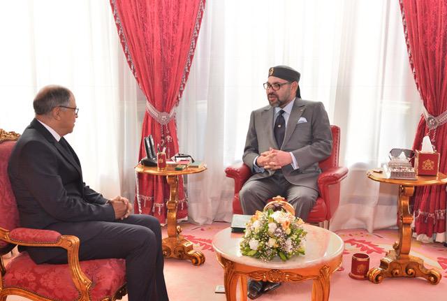 العاهل المغربي لدى استقباله ادريس الكراوي