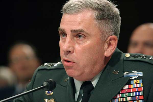 قائد القيادة الأميركية الوسطى الجنرال جون أبي زيد خلال جلسة استماع في الكونغرس بتاريخ 2 أغسطس 2006