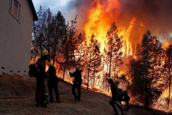 السيطرة الكاملة على الحرائق ستستغرق ثلاثة أسابيع