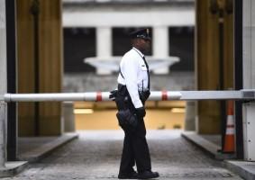 شرطي أميركي أبيض يردي عنصر أمن أسود قتيلاً