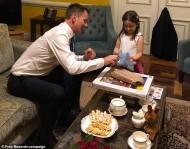 هنت يلتقي ابنة نازانين المعتقلة لدى إيران