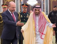 الملك سلمان يتباحث مع الرئيس العراقي حول مستجدات المنطقة