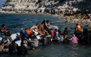 22 مفقودًا بعد غرق قارب للهجرة قبالة سواحل المغرب الأطلسية