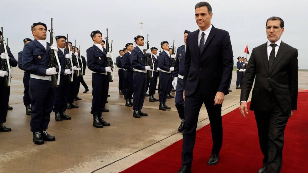 سعد الدين العثماني لدى استقباله نظيره الإسباني بيدرو سانشيز اليوم في مطار الرباط - سلا