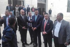 الوفد النيابي الأردني عند معبر نصيب