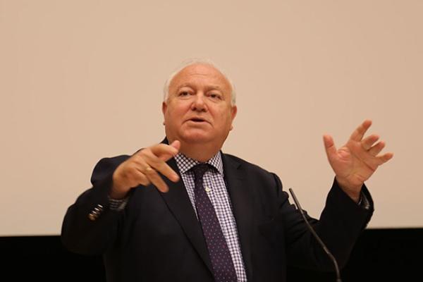 ميغيل أنخيل موراتينوس