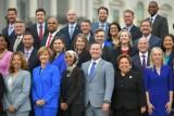 الكونغرس يعتزم تغيير قانونه الداخلي للسماح بارتداء الحجاب بمقره