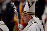 البابا يندد ب