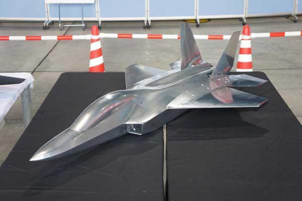 طوكيو قلقة بعد تطوير بكين طائرات شبح عسكرية