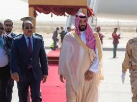 الرئيس الموريتاني في مقدمة مستقبلي ولي العهد السعودي
