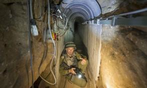 جندي إسرائيلي في أحد انفاق حزب الله