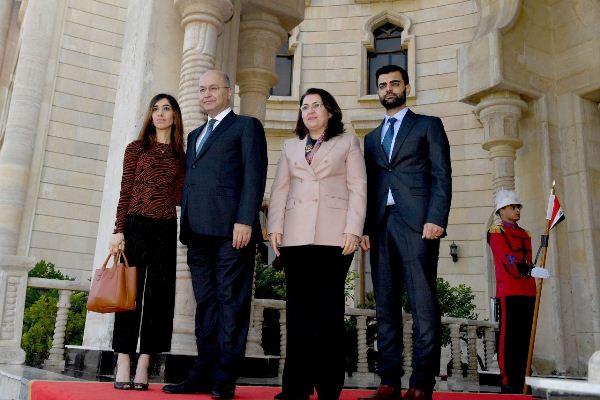 الرئيس صالح وعقيلته يستقبلان نادية مراد