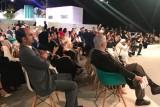 محمد بن راشد يشهد حفل تكريم الفائزين بجائزة رواد التواصل الاجتماعي
