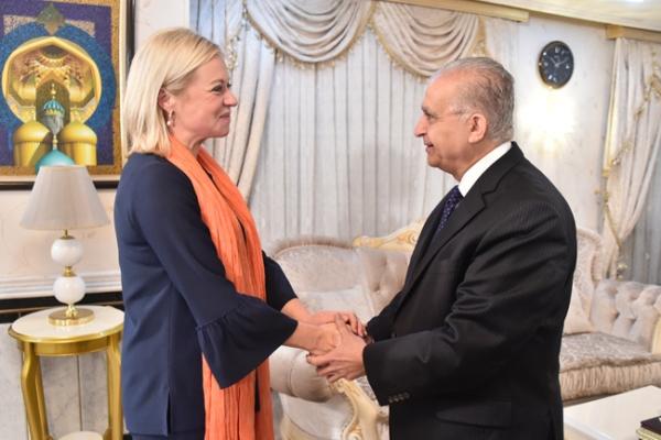 وزير الخارجية العراقي مستقبلا بلاسخارت