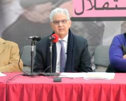 نزار بركة امين عام حزب الاستقلال لدى ترؤسه اجتماع اللجنة المركزية السبت