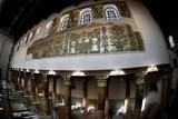 كنيسة المهد تستعيد رونقها بعد ترميم لوحات الفسيفساء فيها