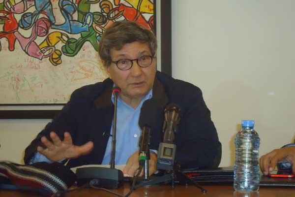 بنسالم حميش أثناء المحاضرة