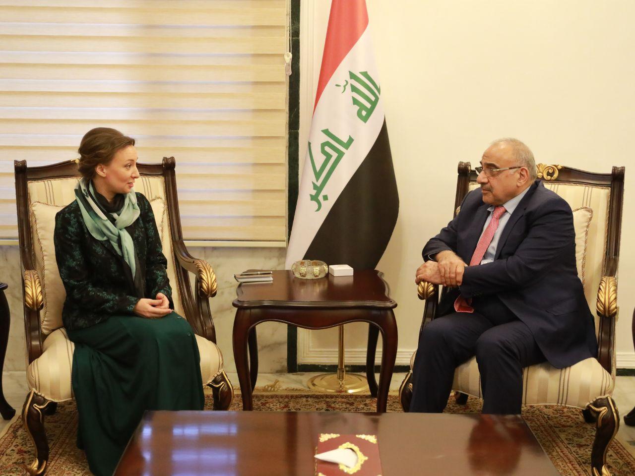 عبد المهدي مجتمعا في بغداد مع مبعوثة بوتين