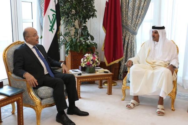 الرئيس صالح مجتمعا في الدوحة مع الامير تميم