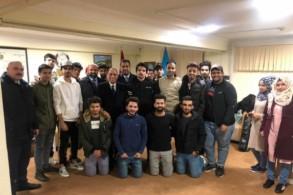 الطلبة العراقيون في اذربيجان بعد اطلاق سراحهم