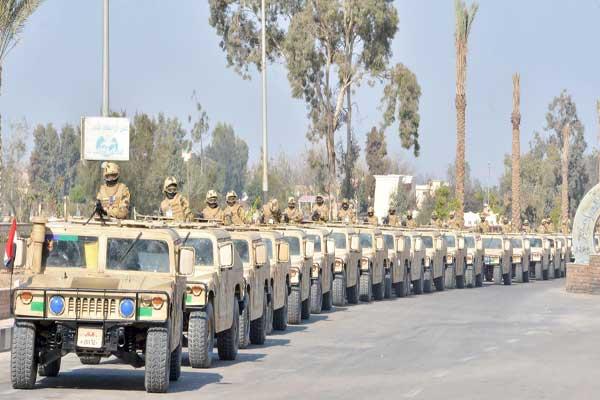 الجيش المصري بدأ عملية شاملة ضد الإرهاب في سيناء