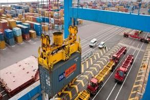 ميناء مدينة الدار البيضاء عاصمة المغرب الاقتصادية