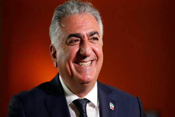 رضا بهلوي الثاني الابن الأكبر لشاه إيران السابق