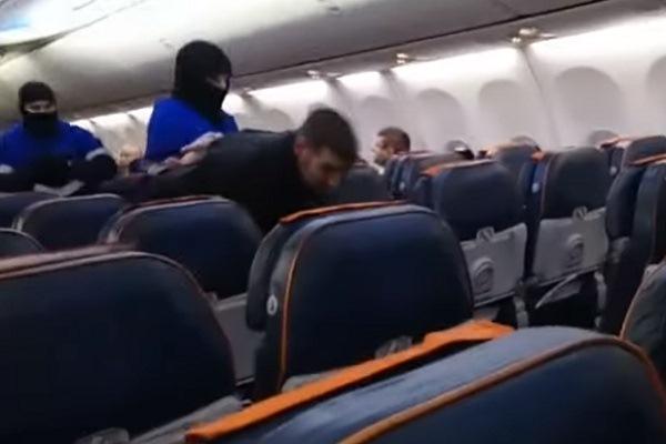 اعتقال الراكب الذي أجبر الطائرة على الهبوط في سيبيريا