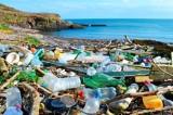 شركات التحالف ضد البلاستيك تستثمر مليارات في إنتاجه