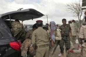 لقطة من فيديو لإجلاء مصابين بعد هجوم بواسطة طائرة مسيّرة على قاعدة العند في 10 يناير 2019