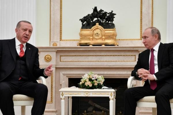بوتين وأردوغان خلال اللقاء في الكرملين الاربعاء في 23 يناير 2019