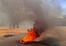 الشرطة السودانية تشتبك مجددا مع محتجين في أم درمان